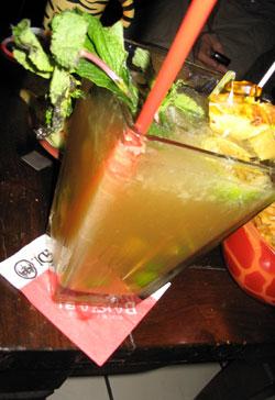 Der Cocktail in seiner ganzen Pracht - Absturz garantiert
